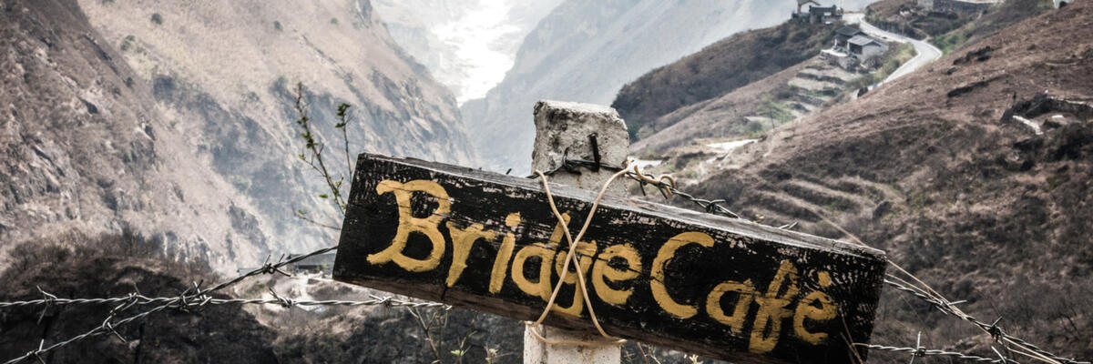 A signpost in Tiger Leaping Gorge, Yunnan, China (image credit: Yereth Jansen)