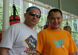 Zovi Promotions' Tiger (l) and Liu Geng (r)