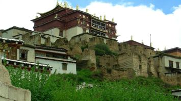 The Songzanlin Temple in Zhongdian, er, Shangri-la