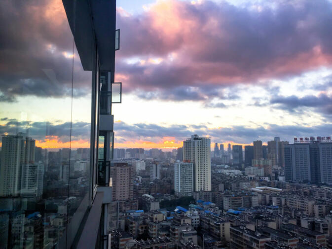 """27th Floor Sunrise"" by GoKunming user Kmiller"