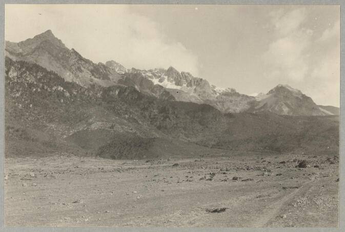 Mountains with plain in foreground May 1922