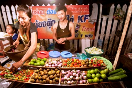 A green papaya salad stand