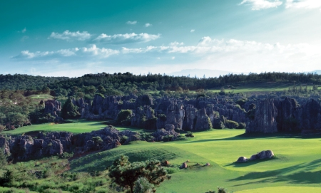 Stone Forest Country Club