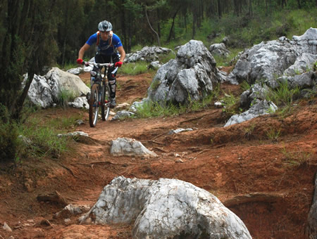 Cracking a pedal on one of those rocks could lead to a painful fall, so pick your line carefully!