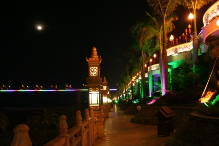 The boardwalk along the Mekong, known as the Lancang River in Jinghong