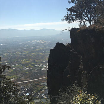 Cliff on the north ridge